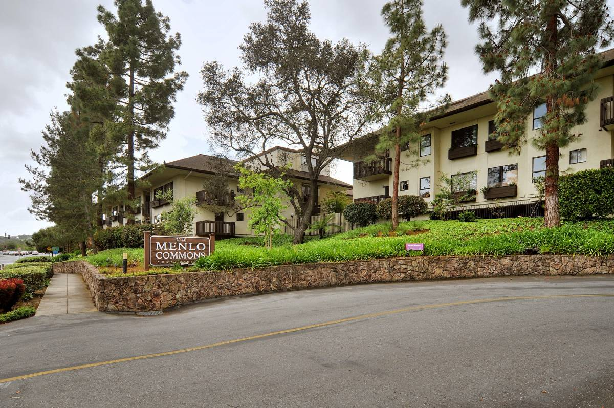 2140 Santa Cruz Ave # A103, Menlo Park, CA 94025
